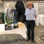 Robert Wibom tackades av med blommor och presenter